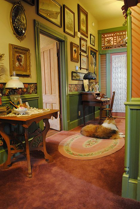 25 best folk victorian ideas on pinterest for Farmhouse interior design characteristics