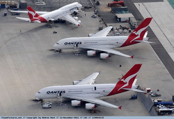 Photo Qantas Airbus A380-842 VH-OQB A regular Qantas meeting at Los Angeles International Airport!  - by Andrew's Aviation Art http://www.planepictures.net/netshow.php?id=1120411