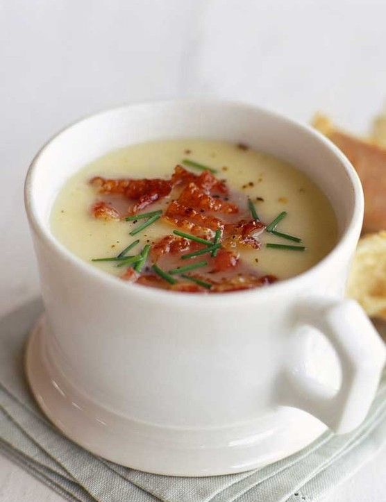 This warm and welcoming butter bean soup is perfect for a quick and easy lunch time meal. Sup a cup of this delicious soup with thick crusty bread on the side for dunking.