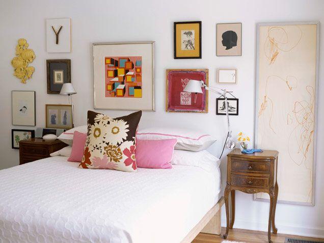"love the ""artwork headboard""Guest Room, Wall Art, Bedroom Decorating Ideas, Pictures Arrangements, Bedrooms Interiors, Gallery Wall, Bedrooms Decor Ideas, Bedrooms Wall, Beautiful Bedrooms"