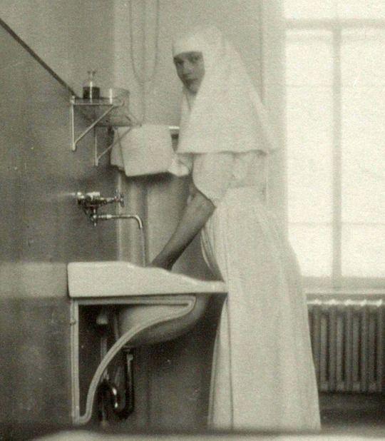 Tatiana, c. 1914, 1915