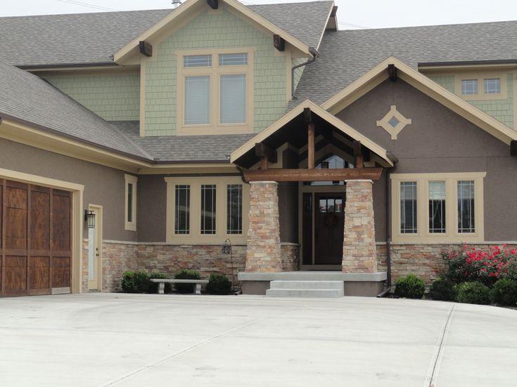 I Like The Combined Use Of Stucco And Siding Home