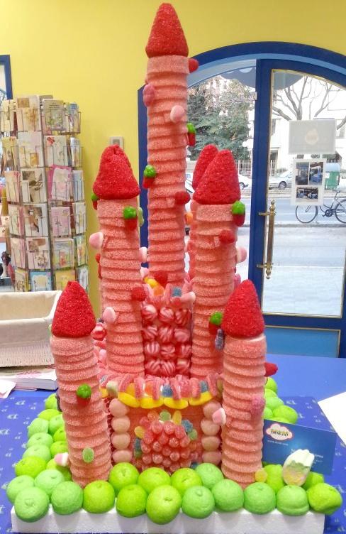 Castle #Candy Cake - Tarta de #Chuches Castillo - Gâteau de bonbons - #Snoeptaart