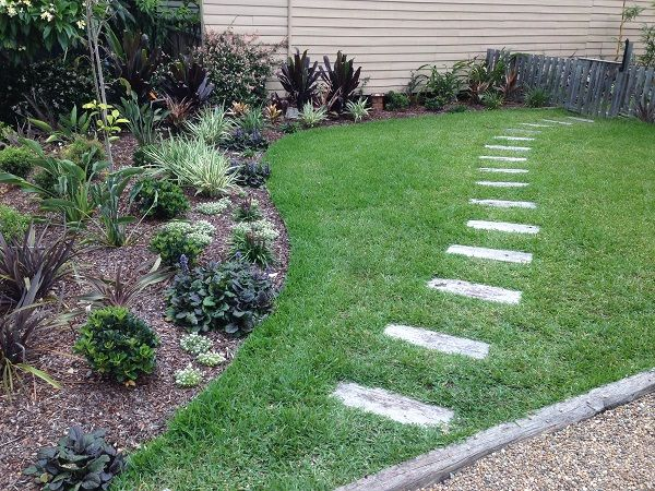 Tropical Garden Design Northern Beaches Sydney Freshwater on the Northern Beaches Sydney – Tropical Style Garden Design for the front garden of this cute old weatherboard beach house, incorporating recycled sleeper pathway, garden edging, new turf and a lush tropical … Continue reading →