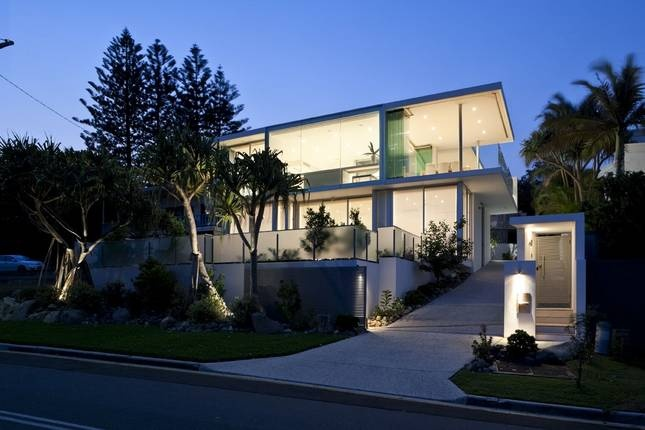 Sunshine Beach House - enquired to get booking price - 5 bed - sleeps 8