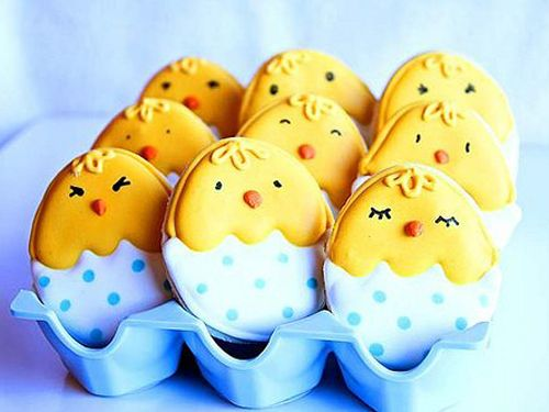 Easter cookies instead of Easter eggs! Love it! This website has some super cute ideas for decorating cookies.