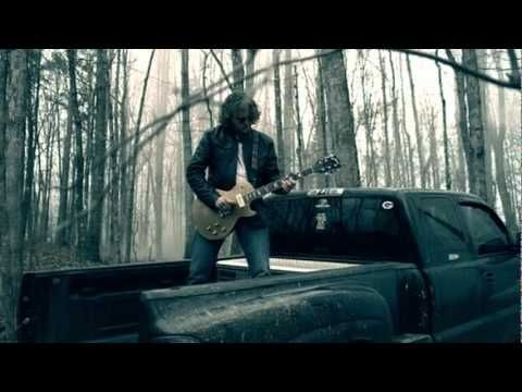Brantley Gilbert - Kick It In The Sticks with a little OUTLAW MC SUPPORT UP IN THE VIDEO! YEAH BUDDY!