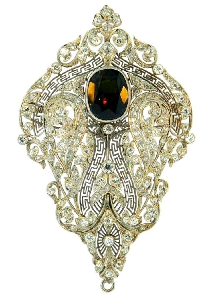 Art Deco Alexandrite, Diamond and Platinum Brooch