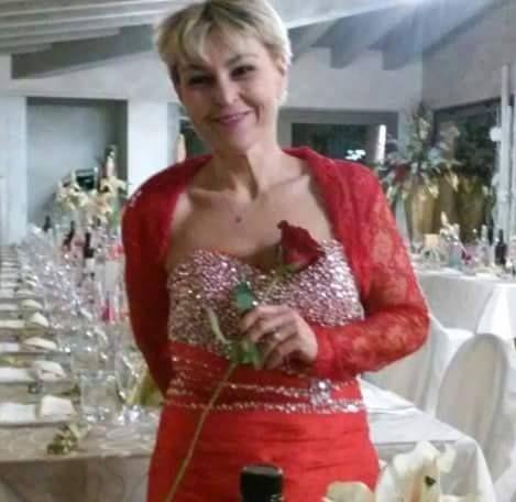 Sheath/Column Sweetheart Knee-Length Taffeta Cocktail Dress With Ruffle Beading Sequins (016008490) - JJsHouse
