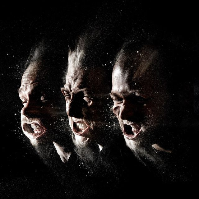 """Machine Gun"" by Noisia was added to my Shizz playlist on Spotify"