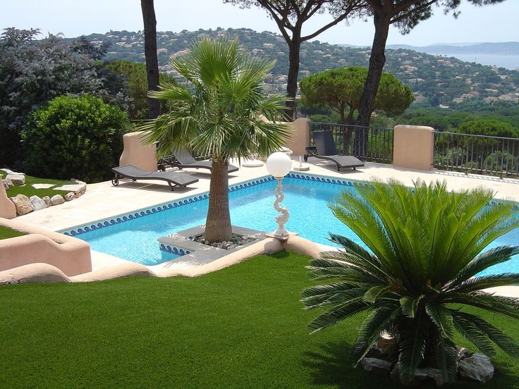 101 swimming pool designs and types photos gardens for Pool design 101