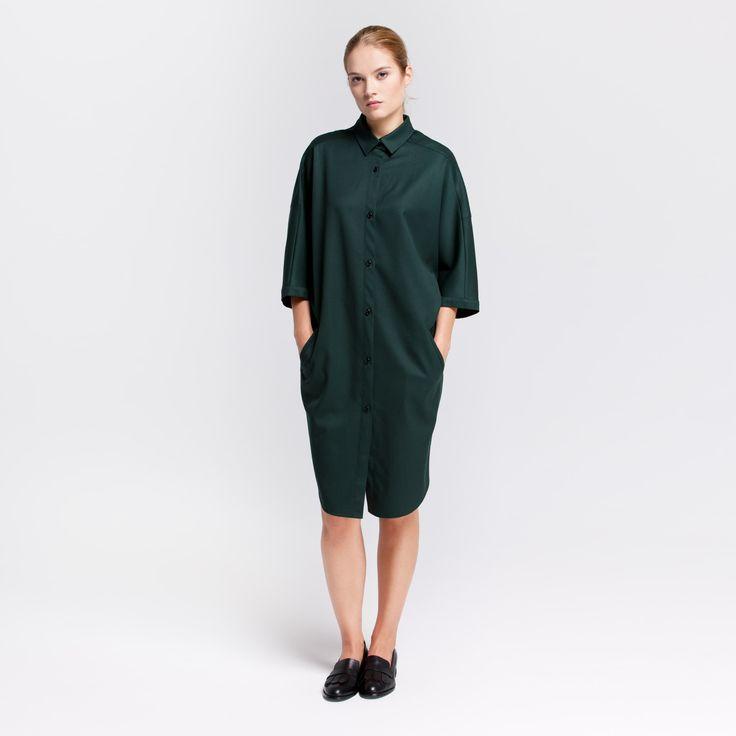 Monk Dress Dark Green Elementy #monk #dress #wool #green #oversize #shirt #elementy #polishfashion #classic #minimal #simplicity #sukienka #polskamoda #wełna #minimalizm #aw16