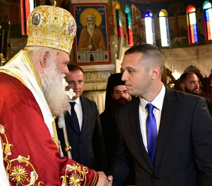 Παρουσία αντιπροσωπείας της Χρυσής Αυγής εορτάστηκε την Παρασκευή 5 Μαΐου, η μνήμη του Εθνομάρτυρα Αγίου Εφραίμ στην Ιερά Μονή του Ευαγγελισμού της Θεοτόκου και Αγίου Εφραίμ στην Νέα Μάκρη Αττικής.