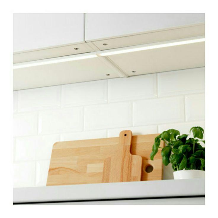 cuisine ampoules art blanc nouvelle cuisine ikea cus. Black Bedroom Furniture Sets. Home Design Ideas