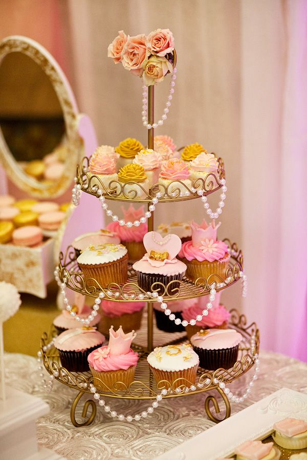 {Pink & Gold} Royal Princess Birthday Party Get a tiered cupcake stand, drape faux pearls over it for a lux look