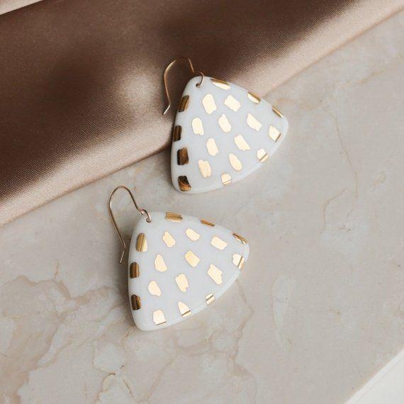 Honeycomb Ceramic Stud Ceramic Earring Geometric earrings Stud Ceramic Earrings Earrings Ceramic WHITE studs Bridal, Wedding