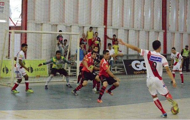 Desde el año pasado, #CúcutaNiza no caía en casa. Perdió 6-5 frente a #IndependienteBarranquilla. #FútbolRevolucionado #Futsal