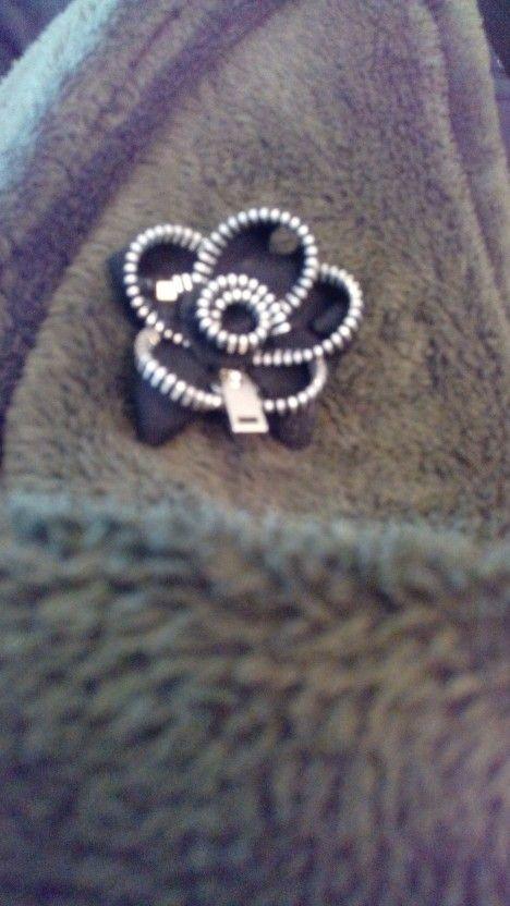 Rosa zip