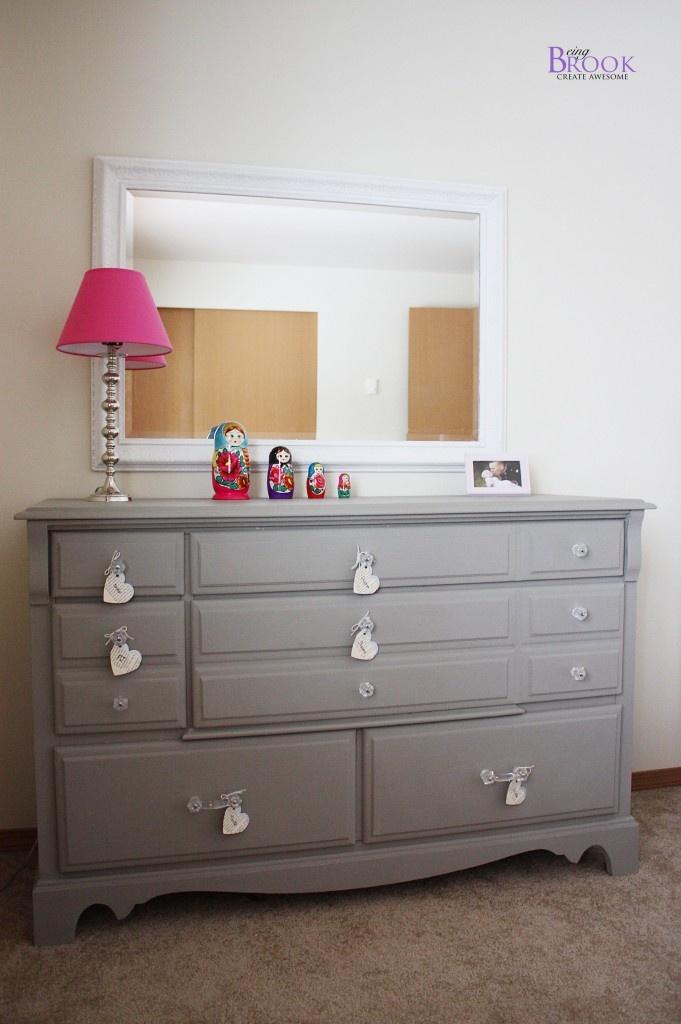 124 best images about say yes to the dresser on pinterest vintage dressers distressed dresser. Black Bedroom Furniture Sets. Home Design Ideas
