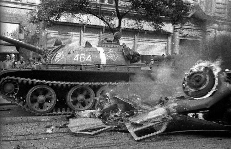 Srpen 1968, Praha, Československo