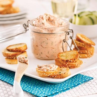 Chips de bagel et tartinade au saumon fumé - Recettes - Cuisine et nutrition - Pratico Pratique