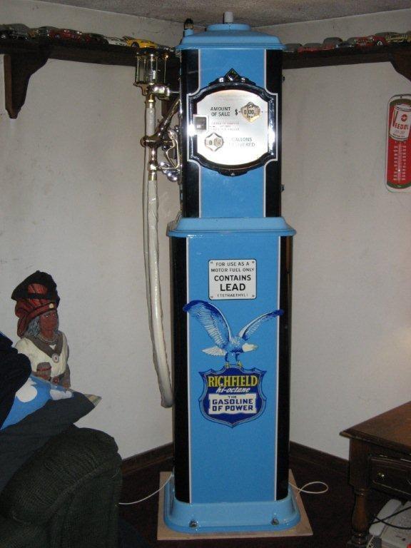 Richfield, Very Rare Gas Pump I restored