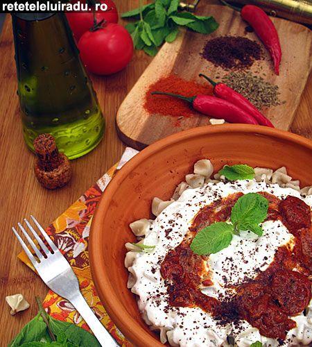 Yogurt sauce & tomatoes sauce  Kayseri Mantisi