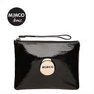 #mimcomuse black Mimco pouch for out on a rush! Going light!