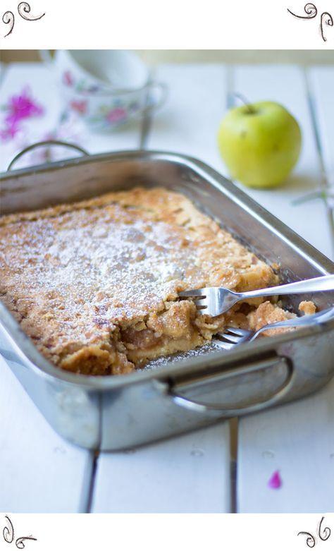 Oma's berühmter Apfelkuchen (Rezept für Apfel-Kuchen mit Mürbteig)