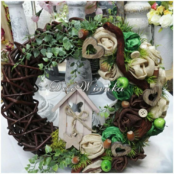 Wianek,wianki,stroik,kompozycja kwiatowa Wianek,wianki,kompozycja kwiatowa,stroik