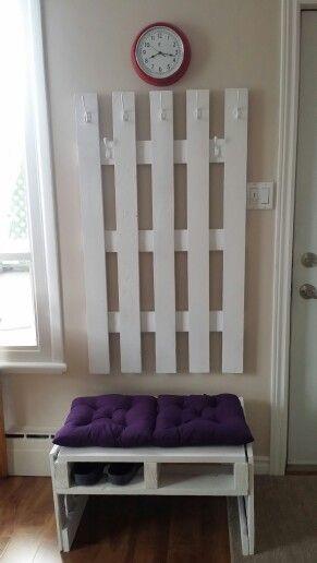 Porte manteau et banc d'entrée en bois de palette