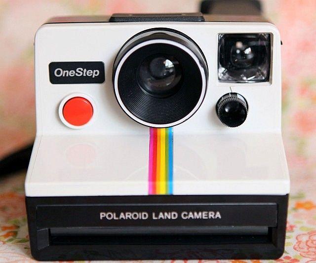 best 25 vintage polaroid camera ideas on pinterest. Black Bedroom Furniture Sets. Home Design Ideas