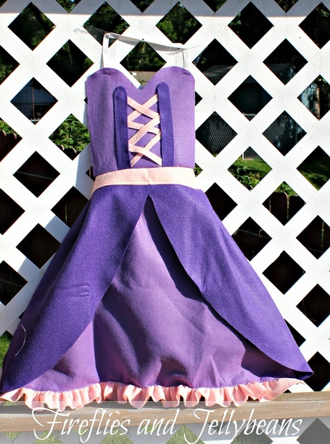 Tutorial for princess aprons @Valerie Tanner We REALLY need to know how to sew
