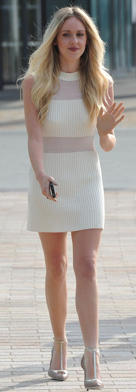 Diana Vickers's fashion style