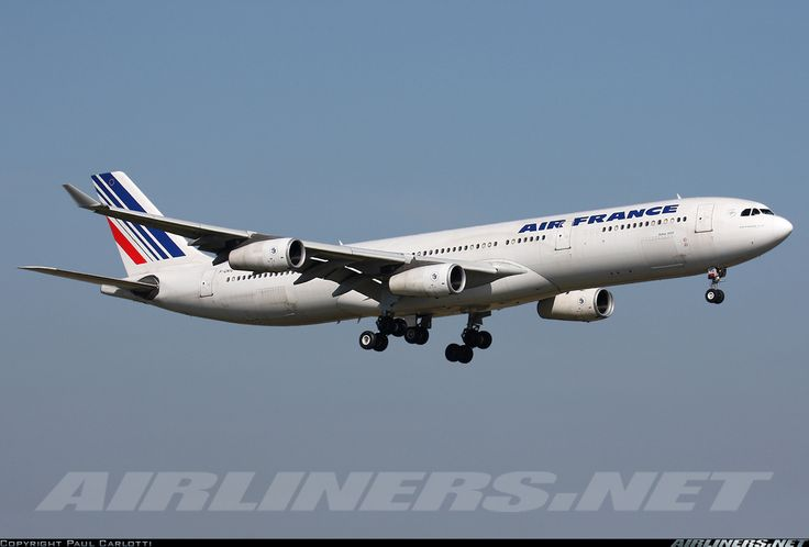 Airbus A340-313, Air France, F-GNIG, cn 174, 272 passengers, first flight 6.5.1997, Air France delivered 28.5.1997. Foto: Paris, France, 10.4.2010.