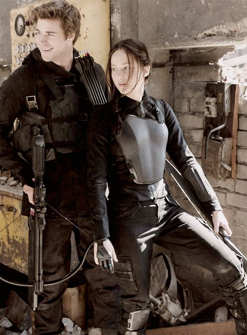 Never seen this pic before! Hoping to see Mockingjay part 1 next week! Any reviews?