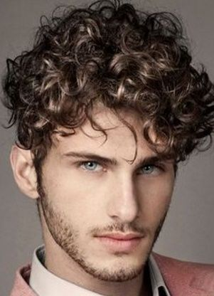 la moda en tu cabello cortes de pelo peinados con rizos para hombres