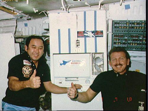 Astronauts Ellison Onizuka and Loren Shriver Photo 3 - STS 51-L