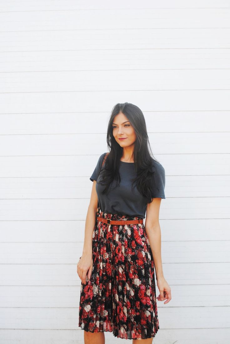 saia plissada floral - lool http://www.crisfelix.com.br/2016/05/look-da-cris-saia-plissada-e-t-shirt.html