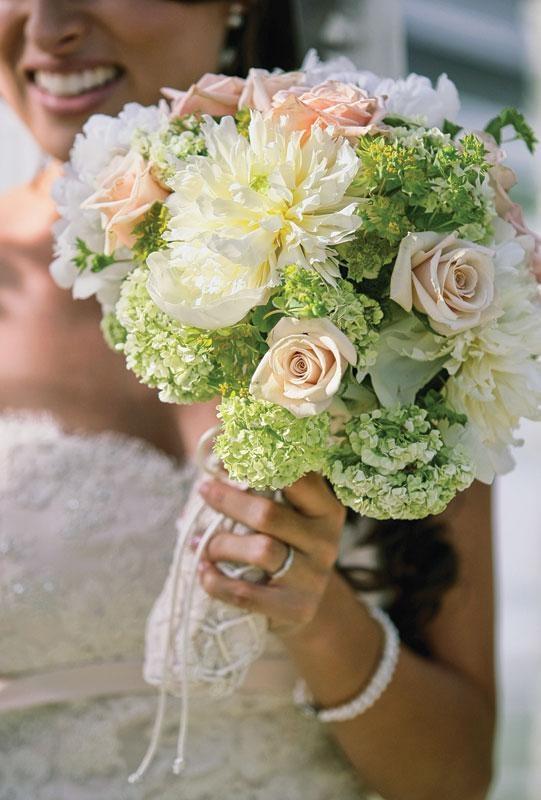 New England wedding bouquet with green hydrangea, photo by Shawn Starr