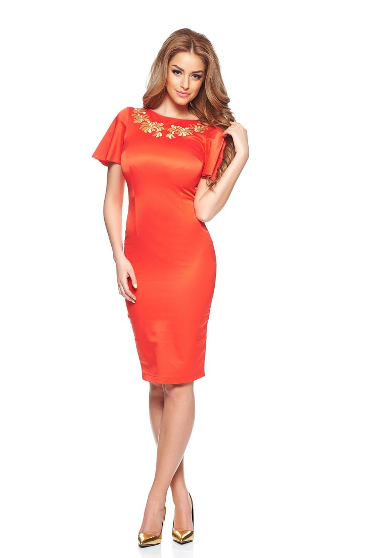 StarShinerS Mystic Line Delightful Diva Coral Embroidered Dress, large sleeves, embroidery details, short sleeves, form-fitting, back zipper fastening, slightly elastic fabric
