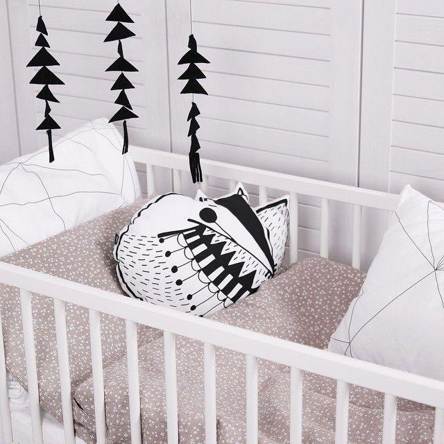 Linen toddler bedding www.ooh-noo.com