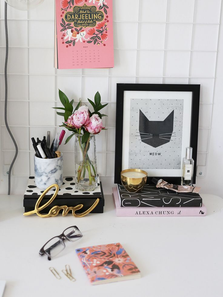 Styling Your Workspace. - KATE LA VIE