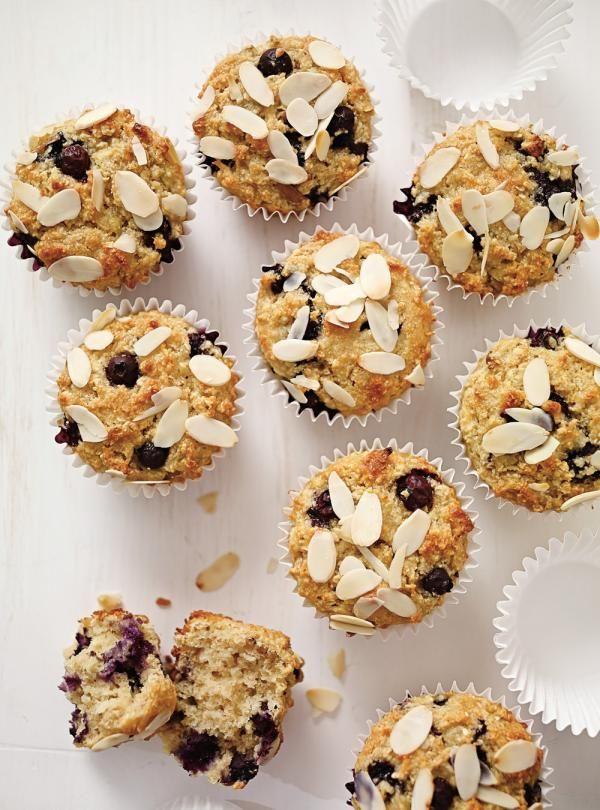 Recette de Ricardo de muffins aux pommes et aux bleuets