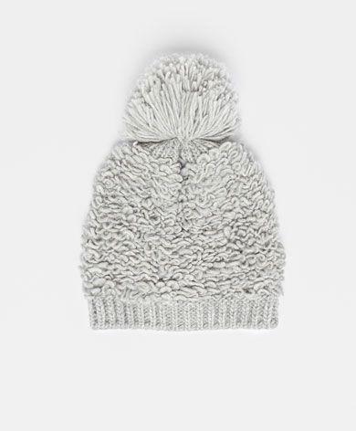 Bufandas y Gorros , OYSHO Gorro Loops, Oysho, Knit Hats