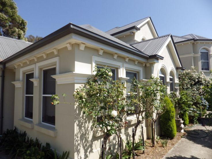 """Self contained accommodation - """"Bella Rose Manor"""" 500 metres from the beach and village"""