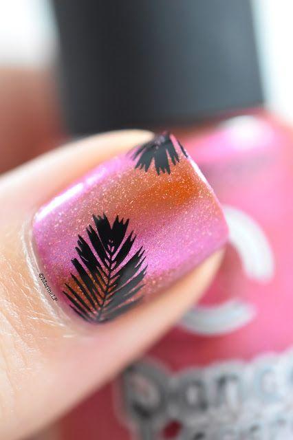 Marine Loves Polish: Nailstorming - Voilà l'été ! - Summer nails - palm trees - dance legend magnetic 616 - bp19