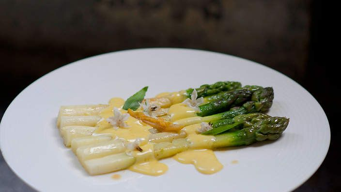 Asparagus with mousseline sauce (asperges sauce mousseline) | Mousseline sauce, so named after the delicate texture of muslin, is an egg-based French sauce traditionally also made with cream. It is best served with equally delicate foods, such as asparagus and fish. Similar to hollandaise sauce, this recipe skips the cream but uses confit orange to add a citrus flavour.