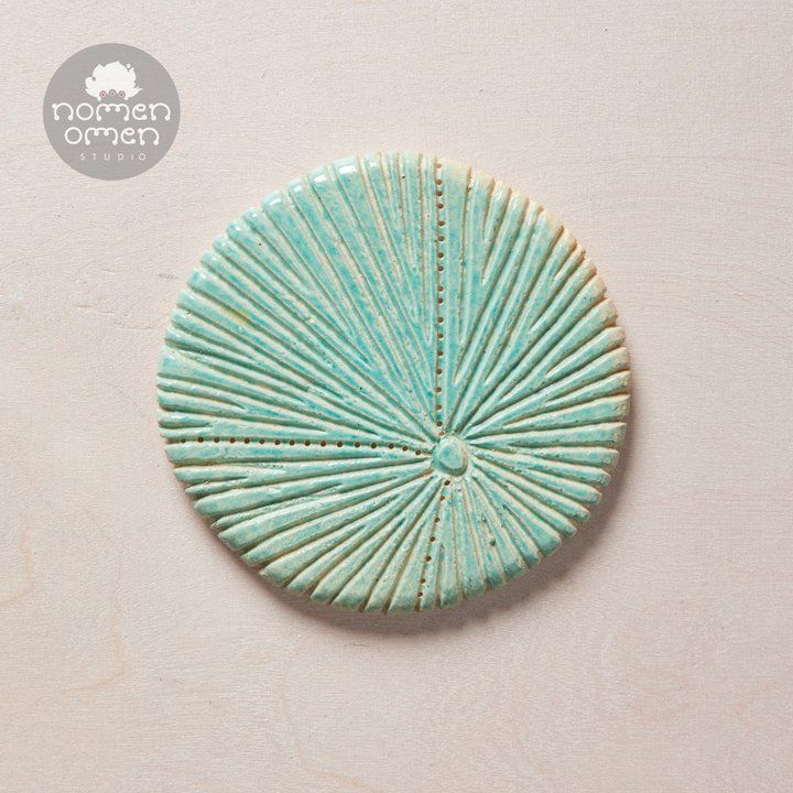 Ceramic decor magnet