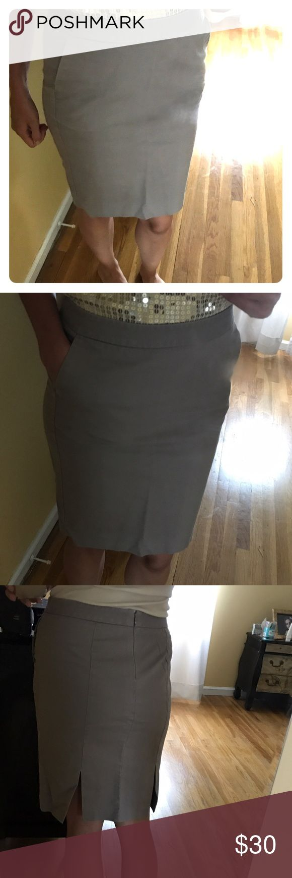 Khaki Pencil Skirt GAP stretch, khaki pencil skirt. Dual front pockets, side hip zipper and hook closure, back open flap as pictures GAP Skirts Pencil